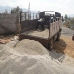 Unloading sand